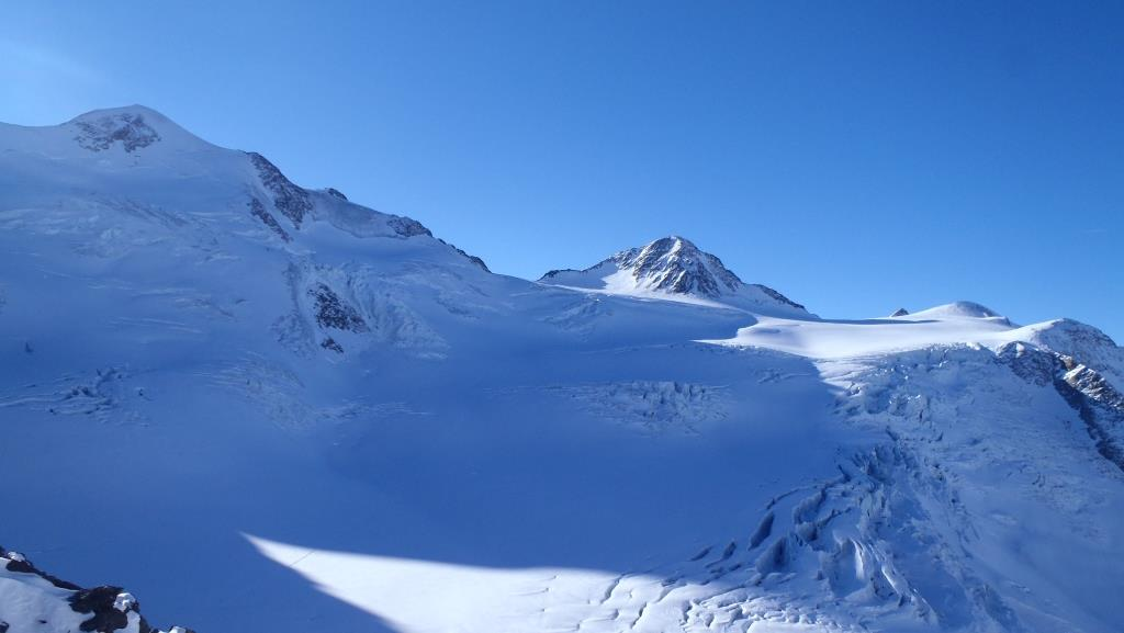 _pohľad_na_údolie_smerom_k_Wildspitze